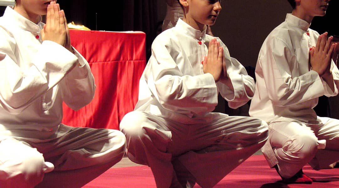 Yoga per bambini. Yoga per adolescenti. Perchè?